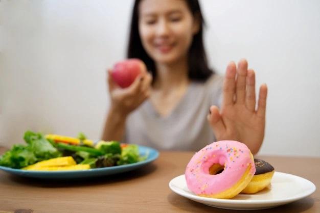 controlar los antojos de comida basura